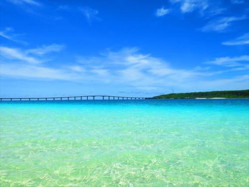 宮古島 日本一綺麗なビーチにも選ばれた与那覇前浜ビーチ