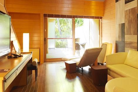 定山渓温泉:鶴雅リゾートスパ 森の謌 露天風呂付きコテージ一例(鶴雅リゾートスパ 森の謌 公式ホームページより)
