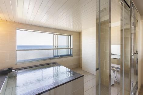 湯の川温泉:HAKODATE 海峡の風 展望風呂付き客室一例(HAKODATE 海峡の風公式ホームページより)