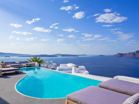 サントリーニ島:カティキエス ザ ホテル プール