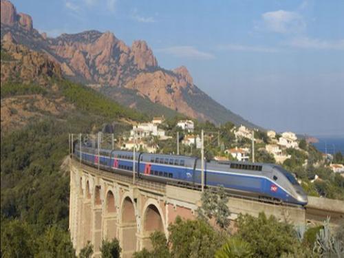 高速列車 TGV