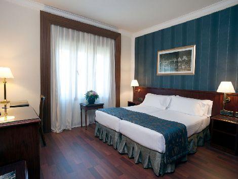 リスボン:アベニーダ パレス 客室一例