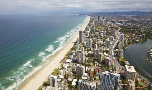 ゴールドコースト ©Maxime Coquard, Tourism Australia