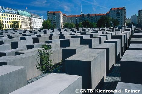 ◎ベルリン:ホロコースト記念碑
