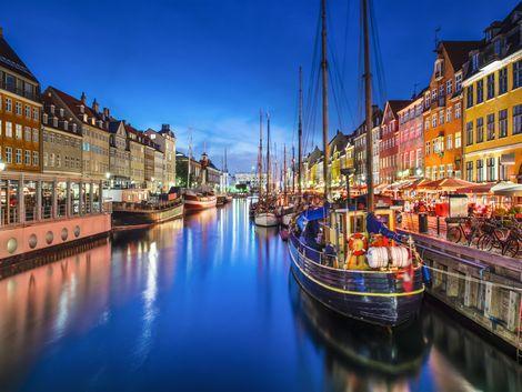 ◇コペンハーゲン:夜景も美しいニューハウン