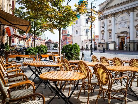 ◇◎ワルシャワ:街のカフェ