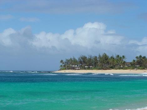 オアフ島:透き通るような海