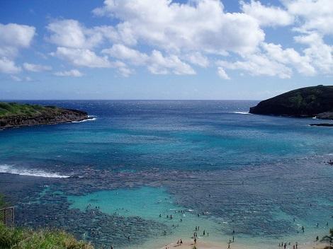 オアフ島:人気のシュノーケリングポイント!ハナウマ湾