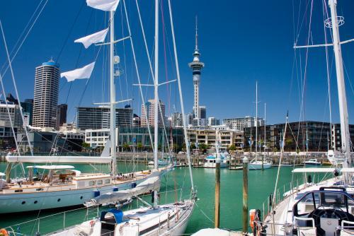 オークランドの港の景色(ニュージーランド)