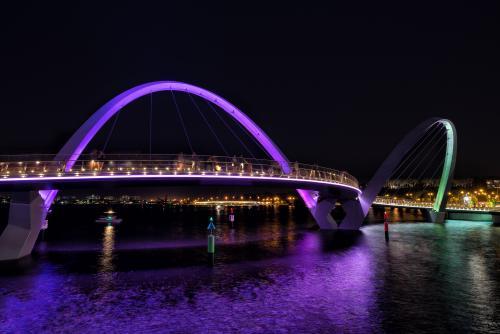 パースのエリザベス・キーの橋