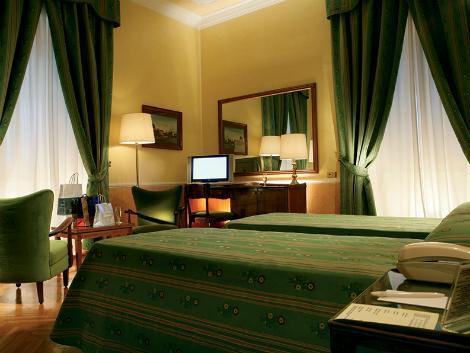 ローマ:ベットーヤ マッシモ ダゼグリオ 客室一例