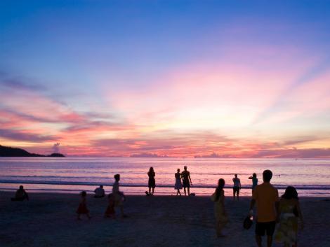 パトンビーチの夕焼け/イメージ