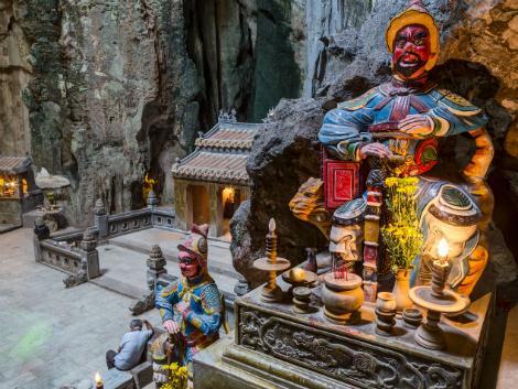 ダナン:五行山(マーブルマウンテン)の洞窟内