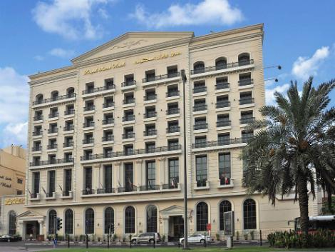 ドバイ:ロイヤル アスコット ホテル 外観