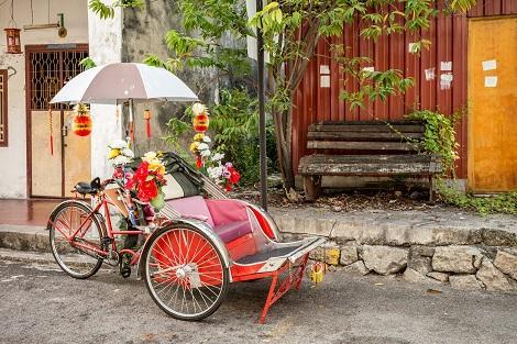 ペナン島:名物の自転車タクシー トライショー