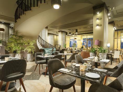 プラハ:ヤルタ ホテル プラハ レストラン