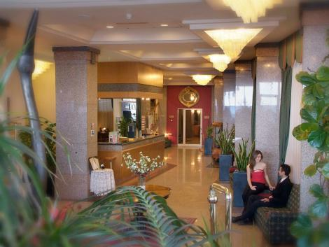 マルタ(スリーマ地区):ディプロマット ホテル ロビー