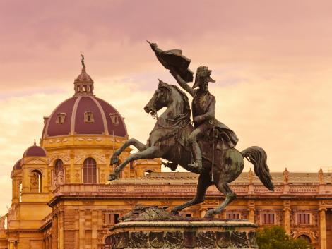 ◇ウィーン:英雄広場の騎馬像