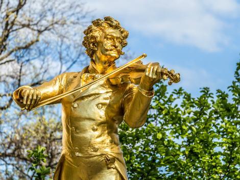 ◇ウィーン:ヨハン・シュトラウス記念像