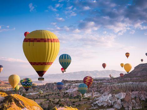 ◇◎カッパドキア:気球で景色を一望できます