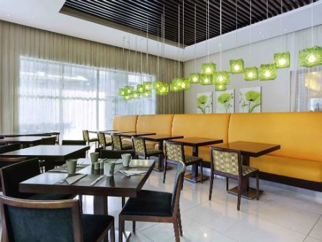 ドバイ:イビス デイラ シティ センター レストラン
