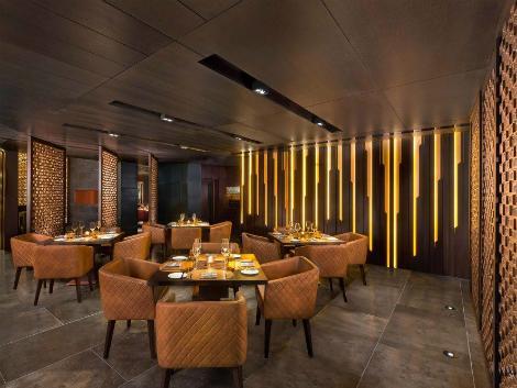 ドバイ:ジュメイラ ザビール サライ レストラン