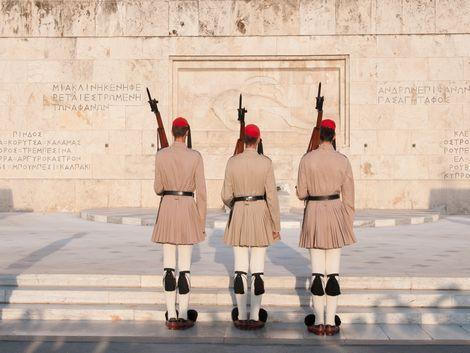 ◇◎アテネ:衛兵交代