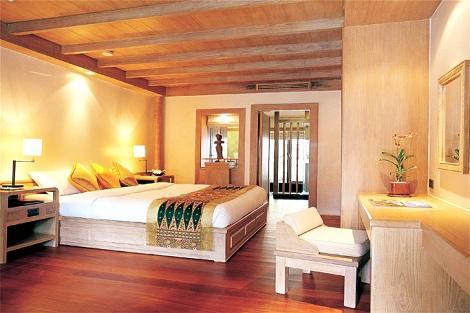 サムイ島:チャウエン リージェント ビーチ リゾート デラックスリージェンシー 客室一例