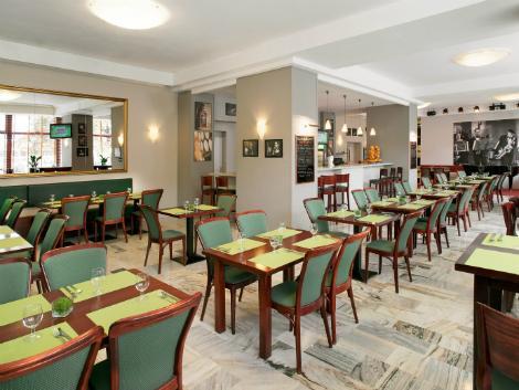 ワルシャワ:メトロポール ダウンタウン レストラン