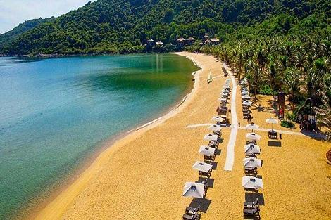 ダナン:インターコンチネンタル ダナン サン ペニンシュラ リゾート プライベートビーチ