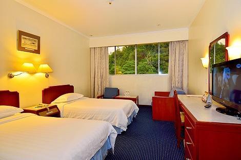 コタキナバル:ホテル シャングリラ 客室一例