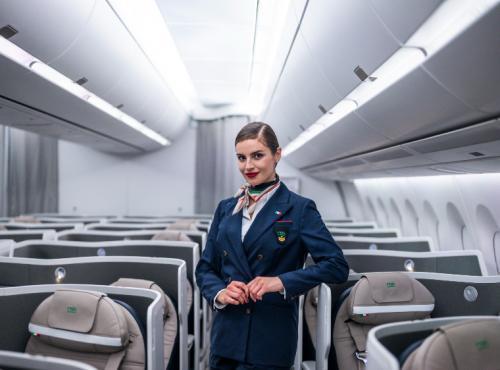 アリタリア航空 ビジネスクラスシート