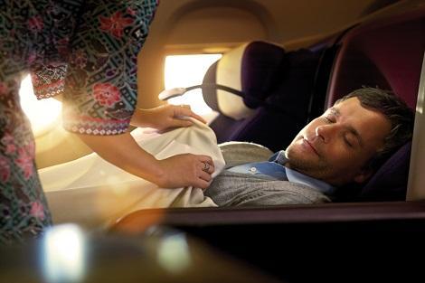 マレーシア航空 ビジネスクラス フルフラットシート イメージ