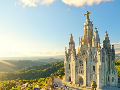 ◇◎バルセロナ:ティビダボの丘に建つサグラット・コール教会
