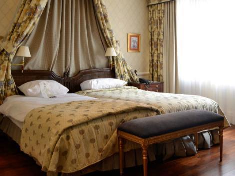 ブリュッセル:スタンホープ ホテル 客室一例