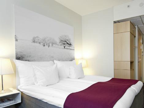 ストックホルム:クラリオン ホテル サイン 客室一例