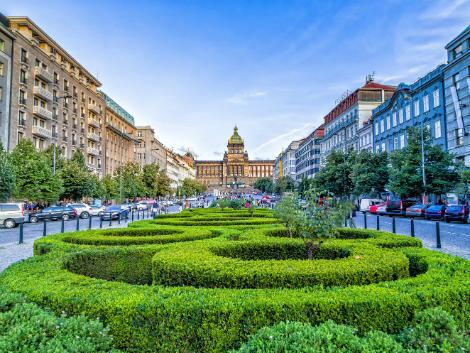 ◇プラハ:ヴァーツラフ広場
