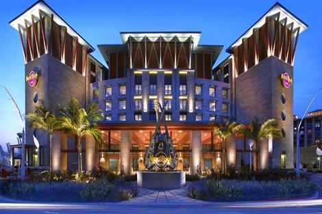 セントーサ島:ハード ロック ホテル シンガポール 外観