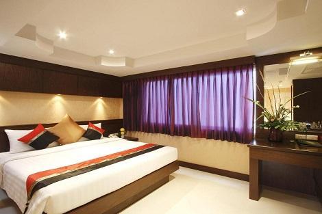 プーケット:ラヤブリ ホテル パトン ファミリールーム 客室一例