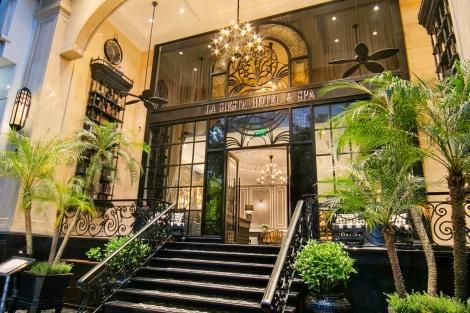 ラ シエスタ セントラル ホテル 外観イメージ
