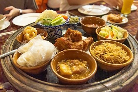 北タイのカントーク料理