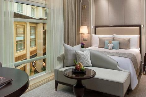 シンガポール:ザ フラートン ホテル シンガポール Premier Courtyard Room 客室一例