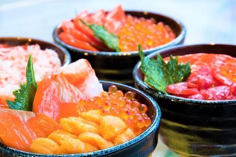 北海道に来たら食べたい海鮮丼