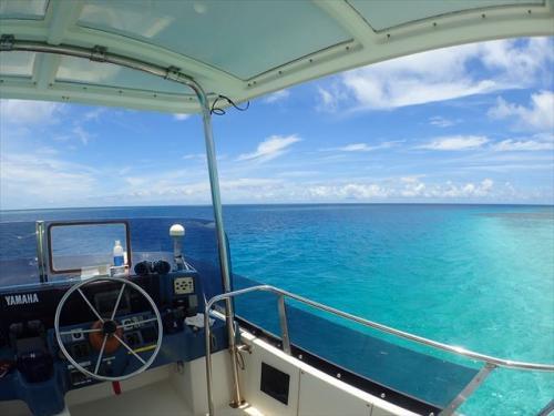 透明度抜群の綺麗なビーチで沖縄を満喫しよう!